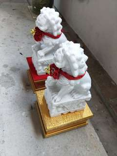 Feng shui marble lion statue