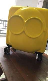 Minion 18 inch Luggage