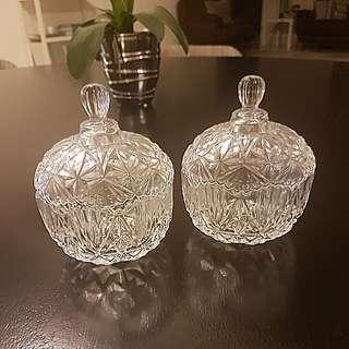 Glass bowls (set of 2)