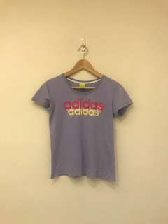 🚚 Adidas粉紫色休閒短t