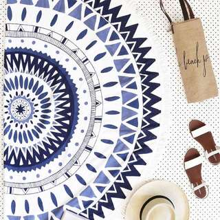 BN The Beach People Original Roundie - The Majorelle round woven cotton-terry towel