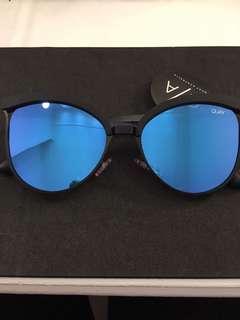 Quay shades