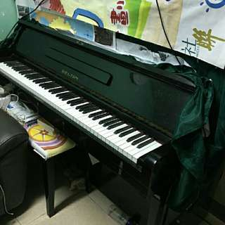 Piano (Belton) 鋼琴