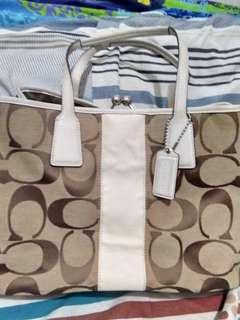 Authentic Coach Model F13533 Large Bag