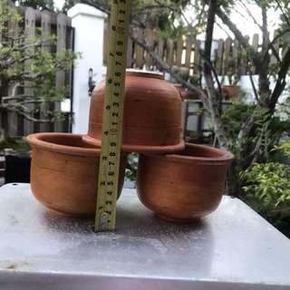 Old flower pot $10