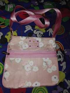 Pink sling bag!🌸👜