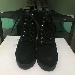 F21 Platform boots