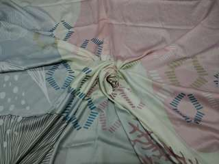 Pastel square (scarf)