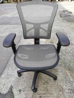 ARTSO可仰躺高級电腦椅