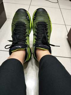 🚚 UA highlight 訓練運動鞋
