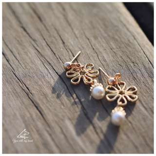 珍珠花環耳釘