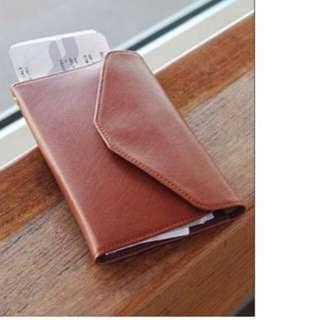 (全新)天藍小舖多功能旅行錢包/護照夾/證件夾-棕色