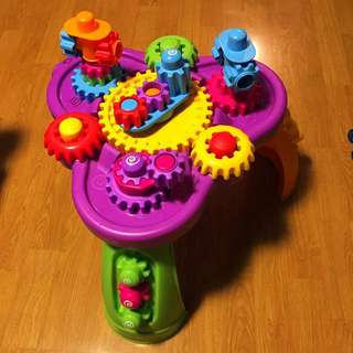 Little Tykes Giggly Gears Activity Table