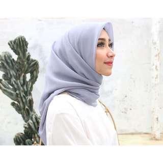 Plain Hijab Middle Grey