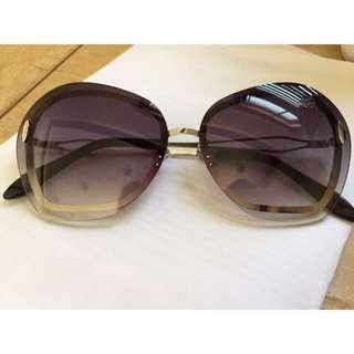 新款 維多利亞貝克漢 漸層小臉太陽眼鏡
