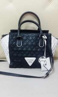 Guess handbag (Free postage)
