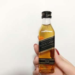 Johnnie Walker Black Label Blended Scotch Whisky mini size 迷你酒辨 酒版