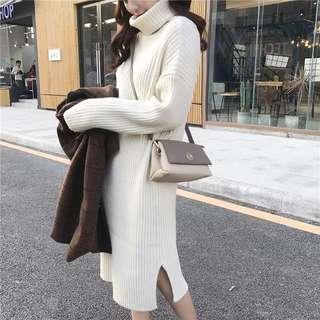 高領針織素洋裝(米白)