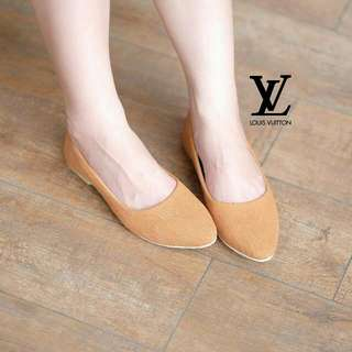 LV Simple Flat Shoes