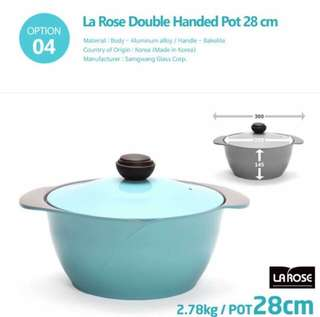 La Rose double handed pot 28cm 28公分双柄深汤锅  Selling it due to impulse buying 100% new