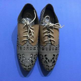 日本品牌真皮雕花牛津鞋