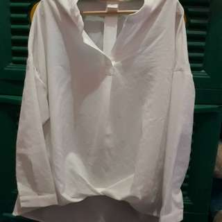 baju atasan putih