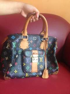 LV handbag with lock and key