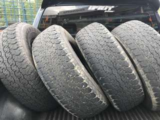 tyre for 4x4 hilux