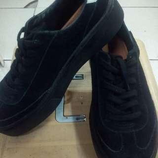 Zara black leader shoes