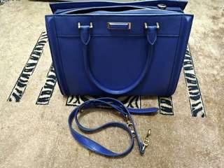 Charles & Keith 小ck包 全新未使用 寶藍色 新加坡帶回 便宜賣