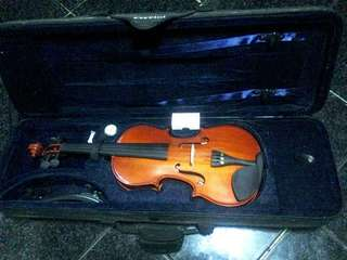 Violin (Negotiable) Brand new