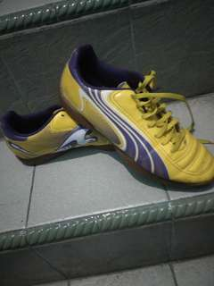 Jual!!! Sepatu Futsal Puma Ori Yellow-Purple Edition