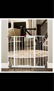 Brand new Regalo baby safety gate