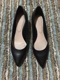Aldo Leather Kitten Heels