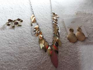 Gold plated necklace and earings