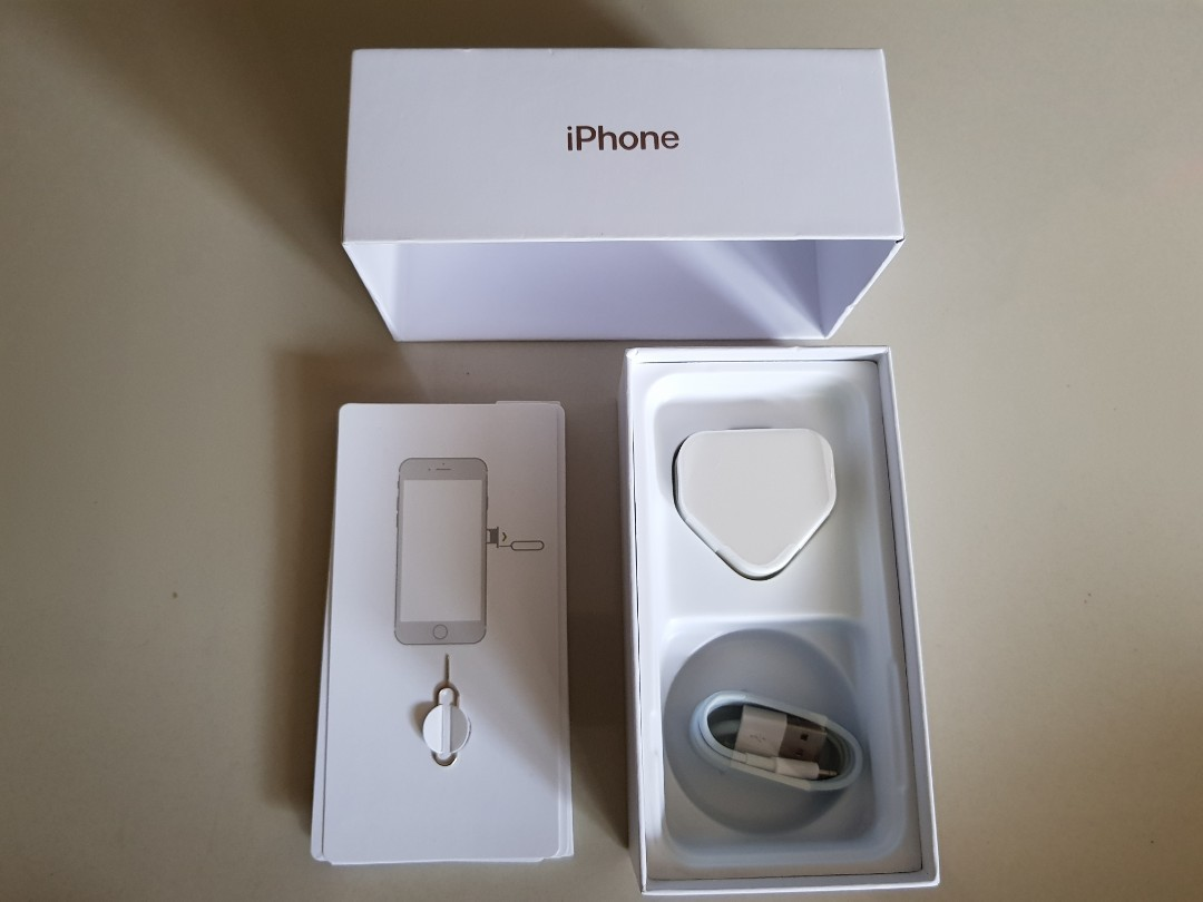 (NEW)IPHONE 7 BOX & ACCESSORIES INCLUDED