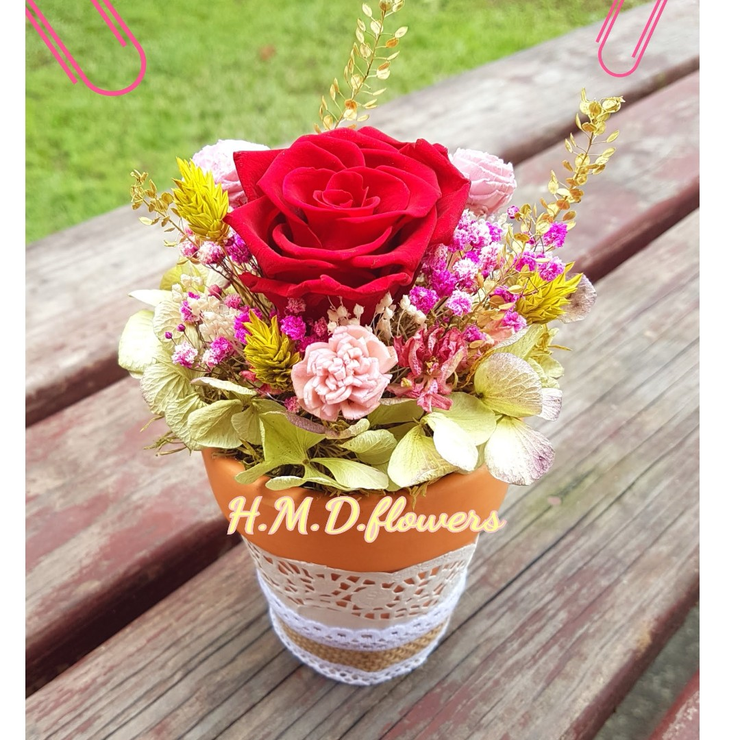 乾燥花 花圈 花束 婚禮小物 居家擺飾 手工藝品 手作素材 攝影道具 捧花 永生花 不凋花 玫瑰