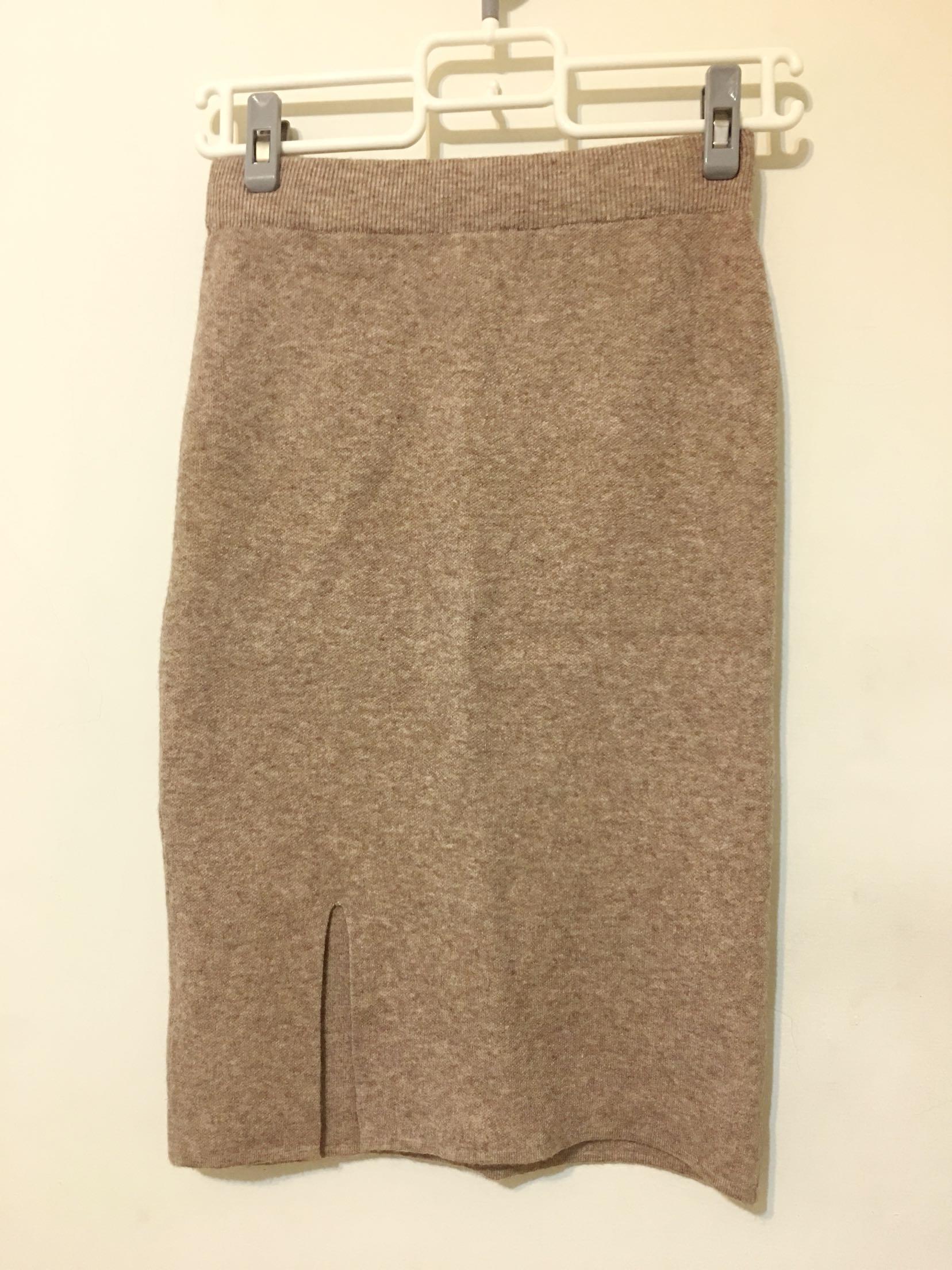 中長開叉針織裙 knit skirt