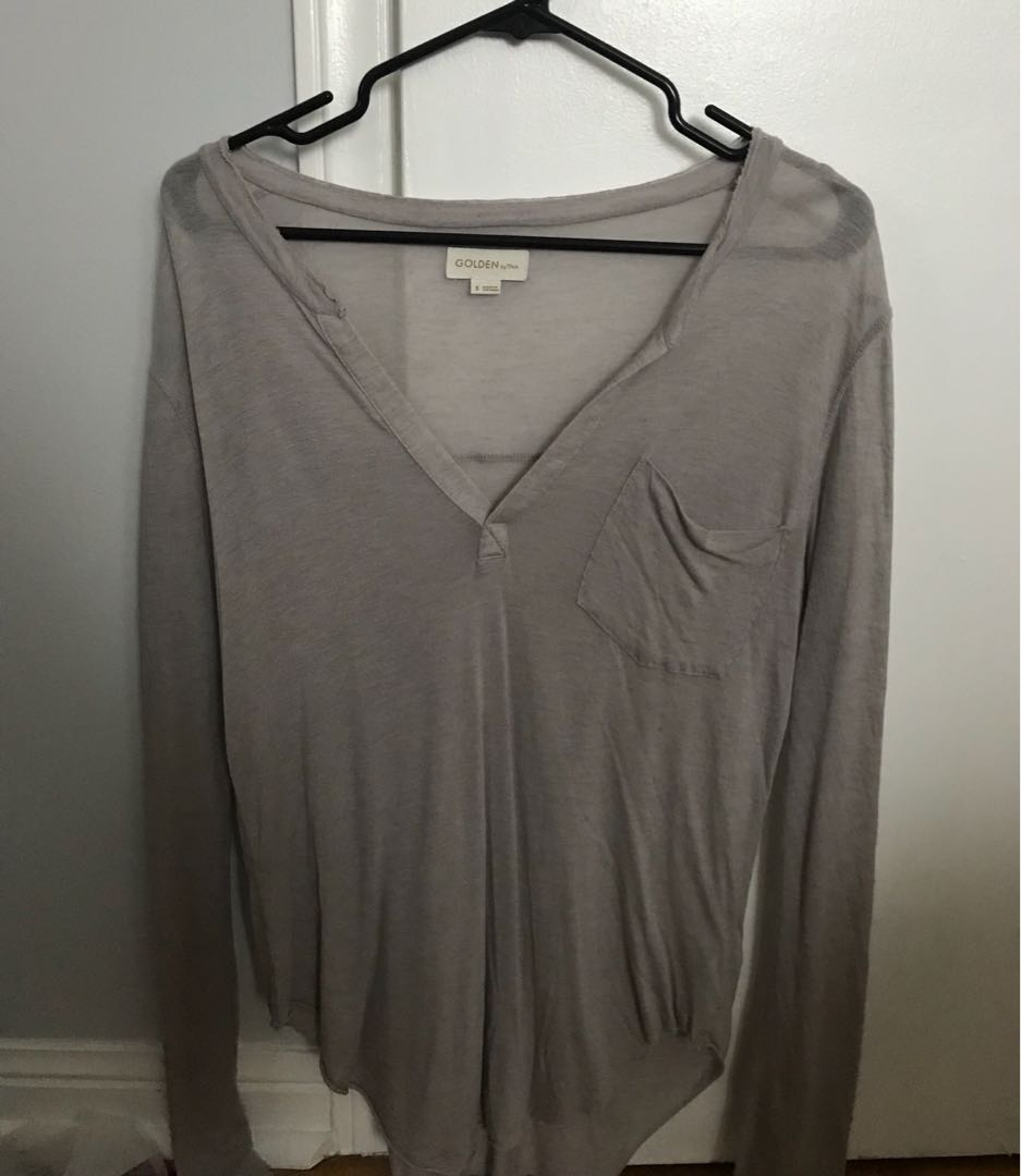 Aritzia Top (Also available in White)