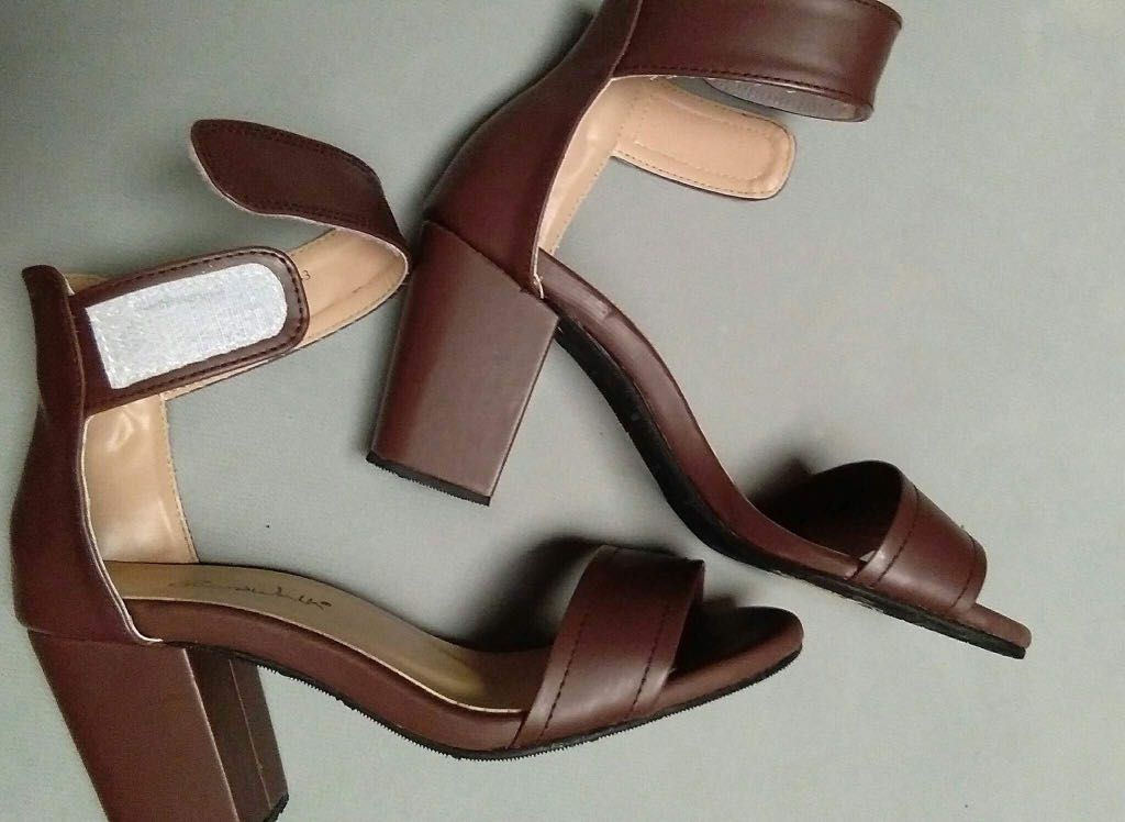 c11be0889882 Boardwalk Shoes And Sandals - Style Guru  Fashion