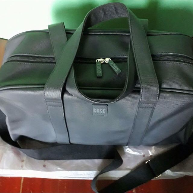 b889c779c7d1 Cose Travelling or Duffle bag