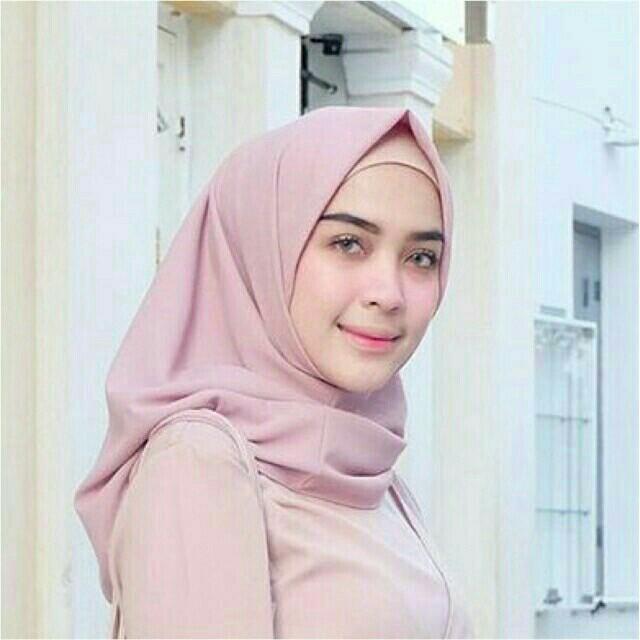 Jilbab Instan 2 Layer Bahan Diamonds Women S Fashion Muslim