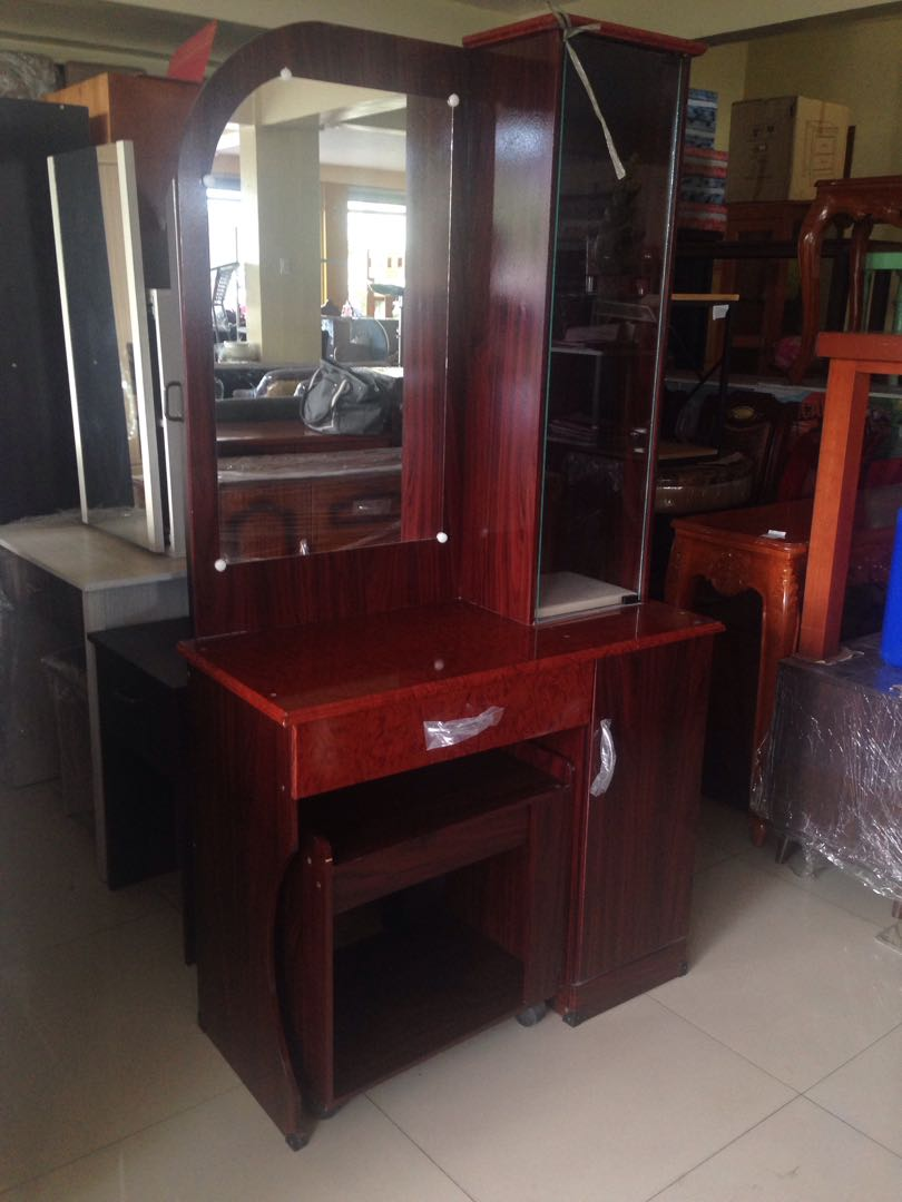 LDR 2 Dresser