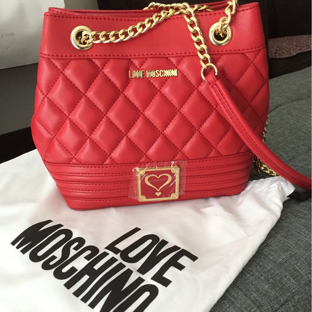 6d7625201d Love Moschino red bucket bag on chain sling/crossbody, Women's ...