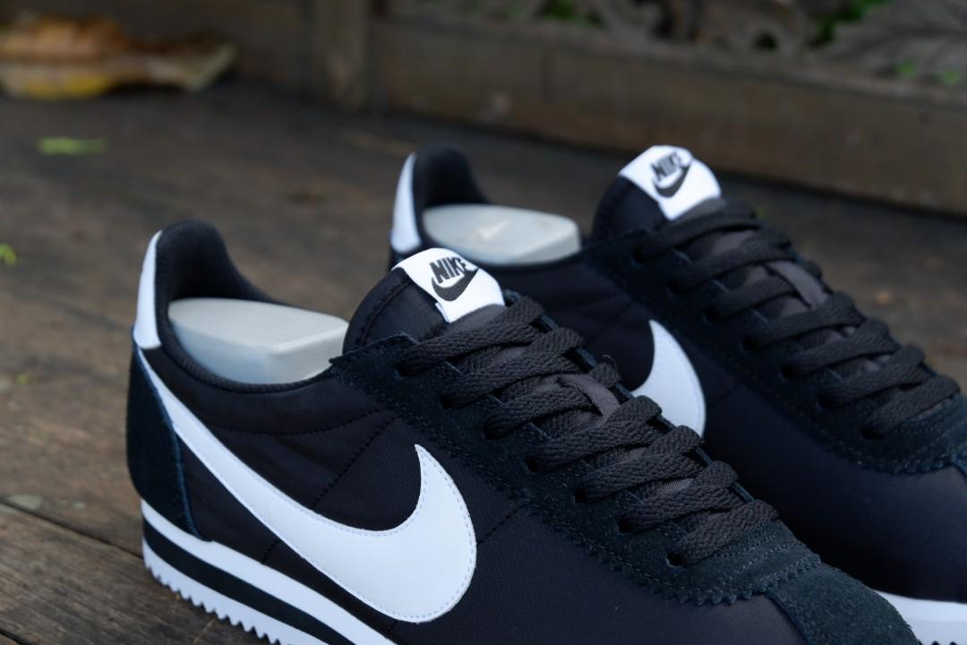 Nike Classic Cortez Nylon Black White Original Murah Preloved Fesyen Pria Sepatu Di Carousell