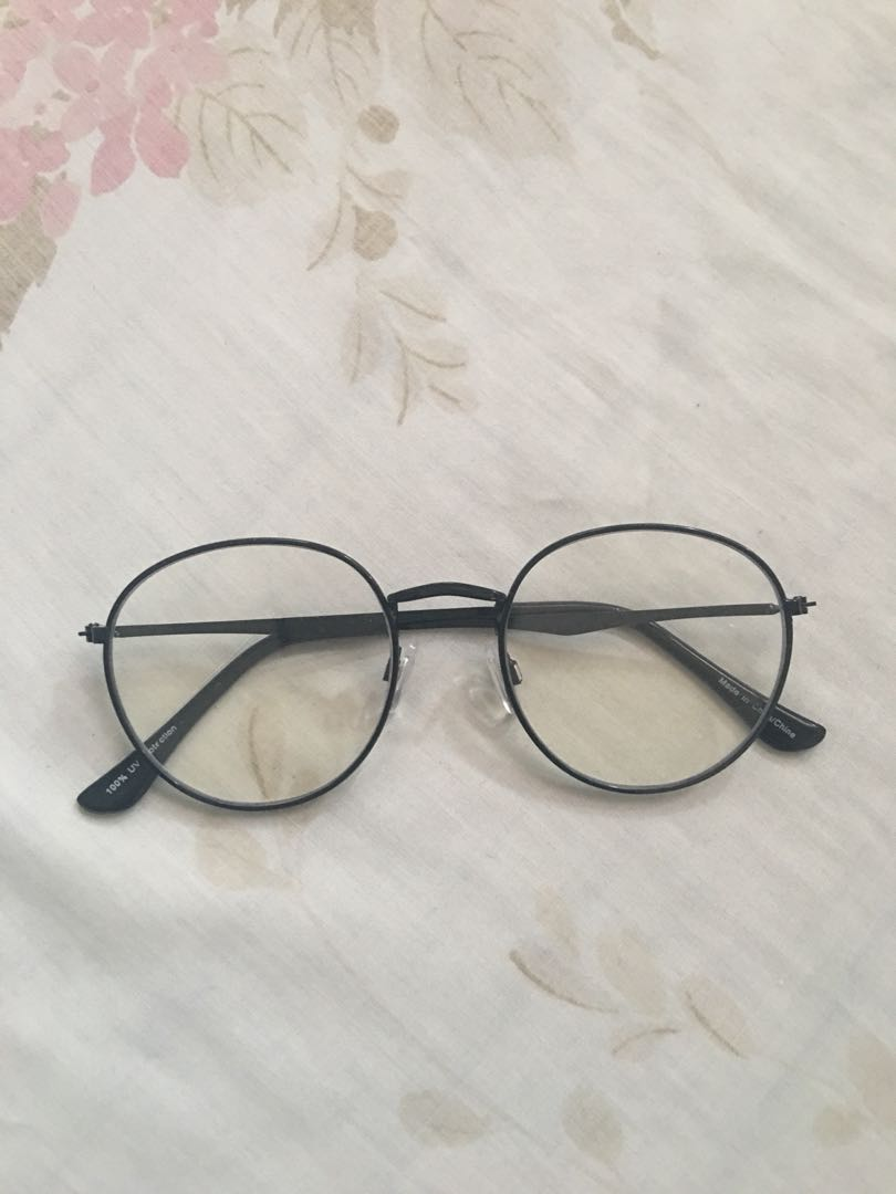 Non- Prescription - Black Frame Round Glasses