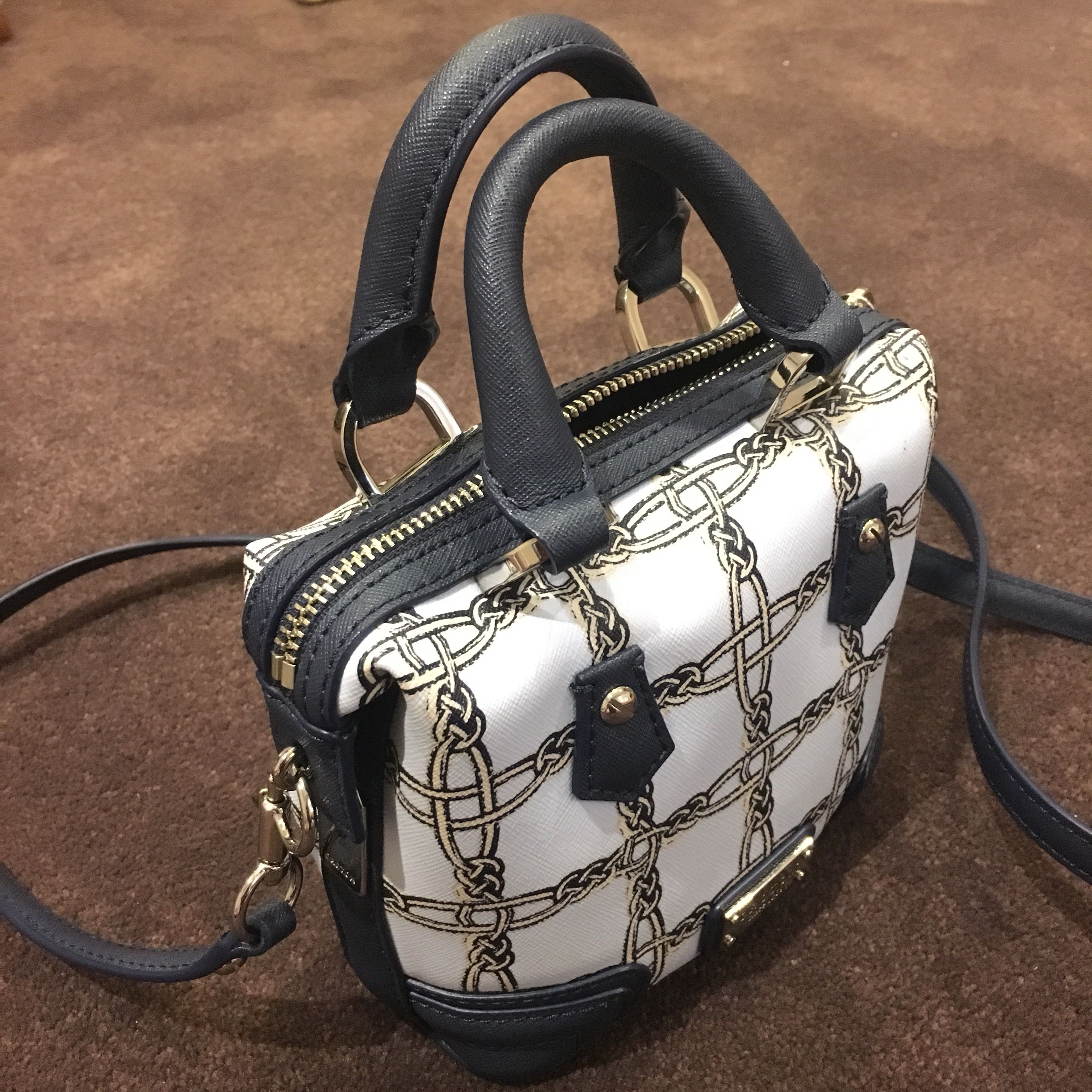 Oroton crossbody side bag