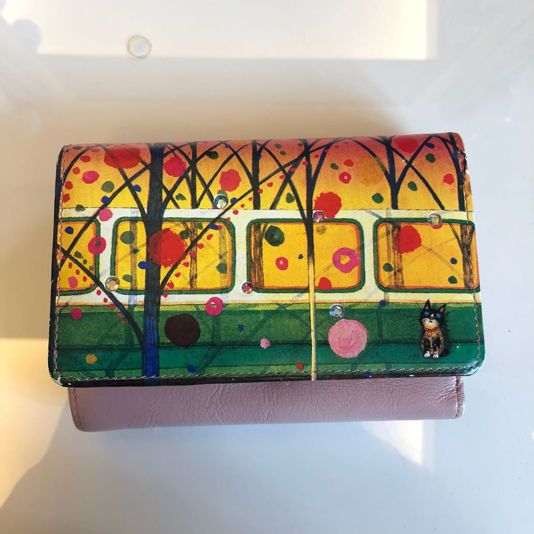 Pink train and cat wallet design with jewel