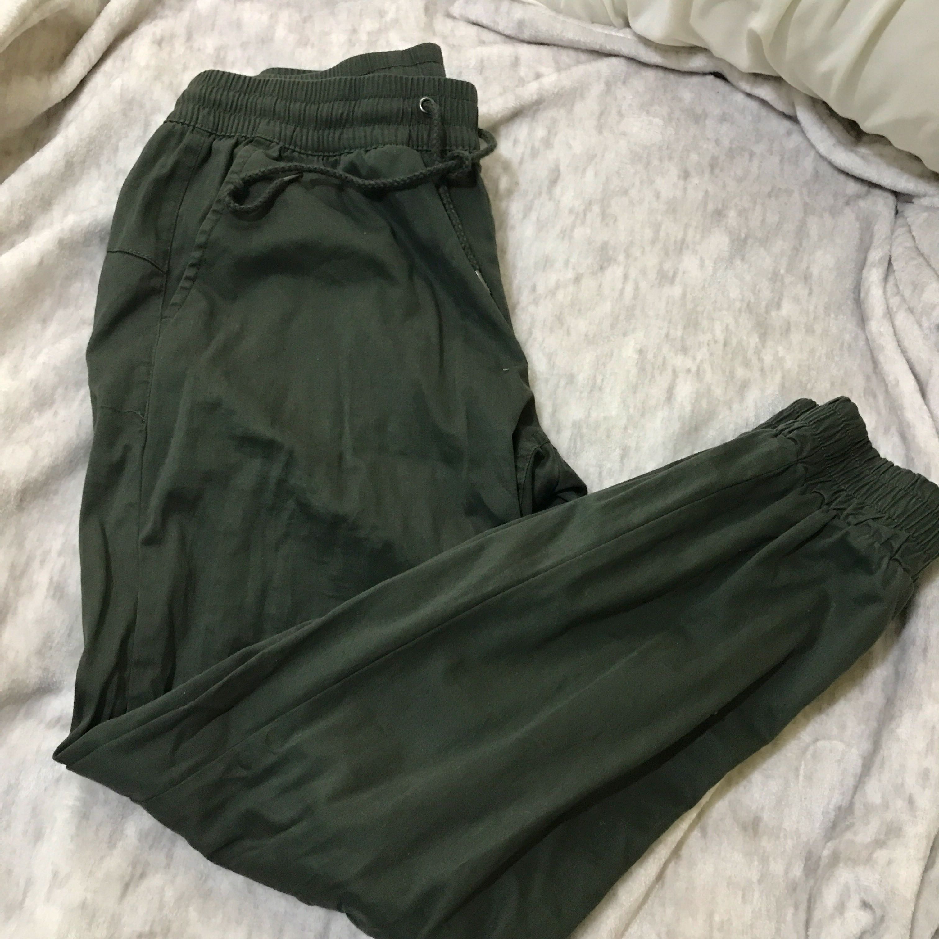 **REDUCED PRICE** M for Mendocino pants
