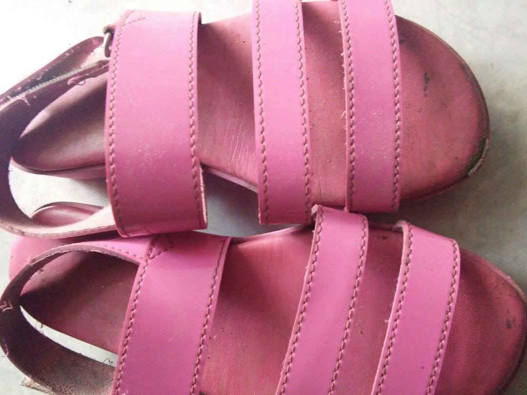 Sepatu sandal 0cfa3abf3b